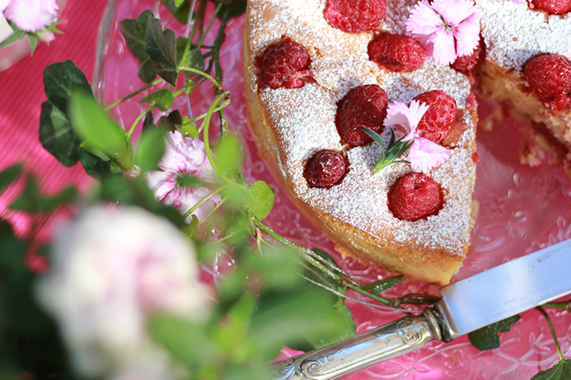 Cake_05_raspberries