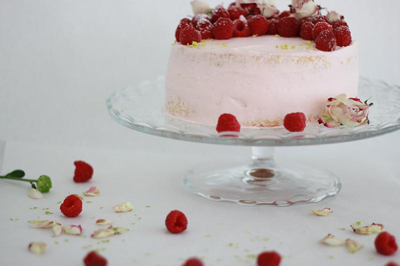 02_Cake_raspberries