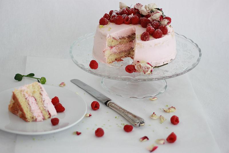 06_Cake_raspberries