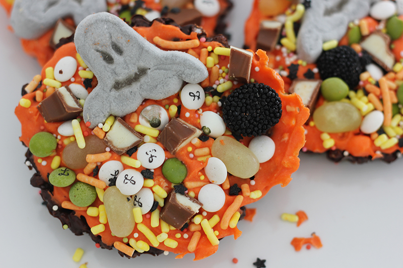 09_chocolate_sweet_halloween
